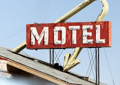 Motel Schild